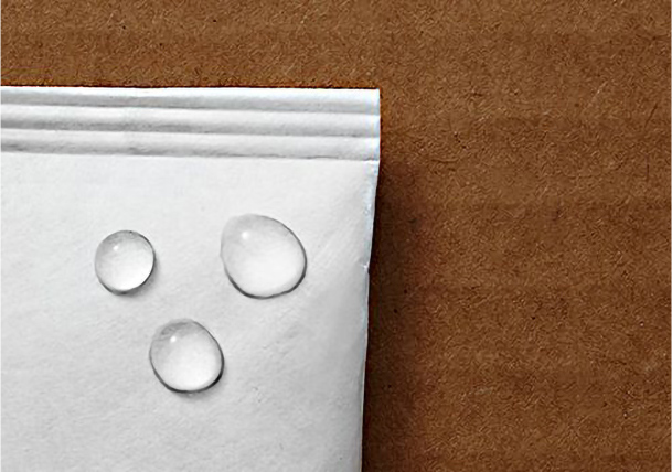 Tyvek ® vapor permeable but keeps water droplets out